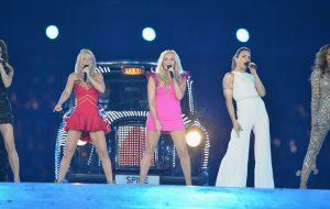 Spice Girls podem fazer turnê sem Victoria Beckham, sugere empresário