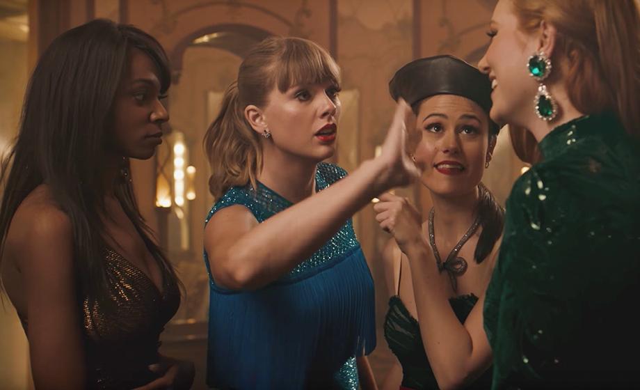 """Taylor Swift tá curtindo ser invisível no clipe de """"Delicate"""""""
