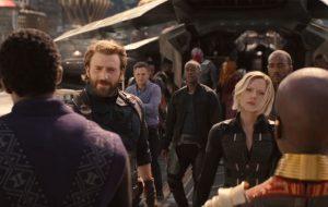 """""""Vingadores: Guerra Infinita"""" já vendeu mais ingressos que os últimos 7 filmes da Marvel JUNTOS"""