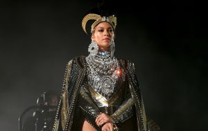 Billboard, New York Times e The Guardian rasgam elogios para Beyoncé no Coachella