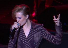 Deu branco na Evan Rachel Wood em um tributo a David Bowie 😬