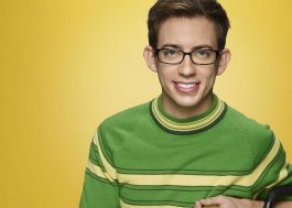 "Kevin McHale, de ""Glee"", se revela gay com a ajuda de ""No Tears Left to Cry"", da Ariana Grande <3"
