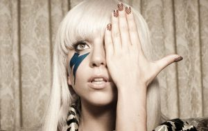 """Há 10 anos, Lady Gaga dava início à sua carreira com """"Just Dance"""""""