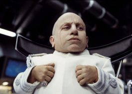 "Morreu Verne Troyer, o Mini Me de ""Austin Powers"" 😢"