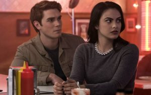 "CW renova ""Riverdale"", ""Jane the Virgin"" e mais oito séries"