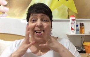 """Web Diva Tulla Luana faz uma review do clipe da Wanessa, """"Mulher Gato"""""""