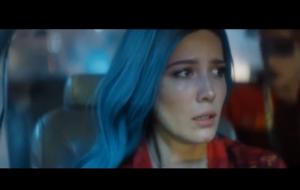 """Halsey anuncia clipe de """"Strangers"""" em parceria com Lauren Jauregui. Já tem prévia!"""