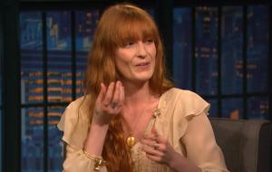 Florence diz que teve seu primeiro contato com bruxaria ainda na escola