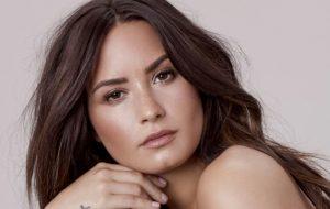 Demi Lovato adia mais um show por problemas nas cordas vocais