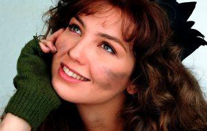 Em entrevista a rádio, Thalia revive traumas e revela o porquê de não atuar mais em novelas