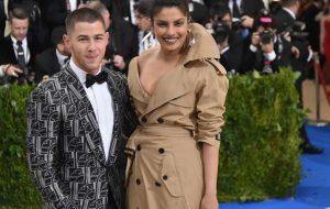 Que casal! Em vídeo, Nick Jonas confirma namoro com Priyanka Chopra