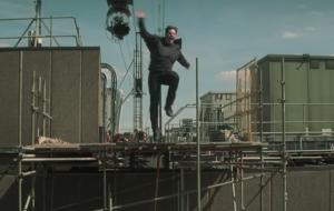 """Todas as vezes em que Tom Cruise sofreu acidente em """"Missão: Impossível"""""""