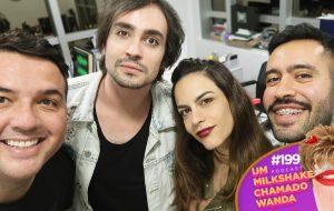 Johnny Hooker e Luisa Micheletti num papo sobre o reinado do pop no podcast!