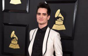 Rei da filantropia, Brendon Urie vai doar U$ 1 milhão à instituição LGBTQ+