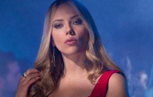 Scarlett Johansson desiste de interpretar homem trans