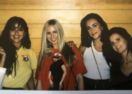 Selena Gomez e suas amigas fazem tatuagens iguais!