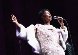 Aretha Franklin já está se recuperando em casa, diz sobrinho