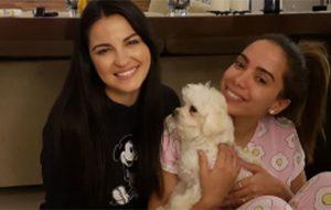 Anitta faz festa do pijama com Maite Perroni e nós já queremos feat!