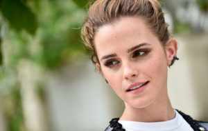 Emma Watson vai substituir Emma Stone em Adoráveis Mulheres