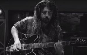 Dave Grohl libera teaser de Play, seu novo documentário