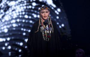 Fãs reclamam que tributo de Madonna à Aretha Franklin foi, na verdade, só sobre a Madonna