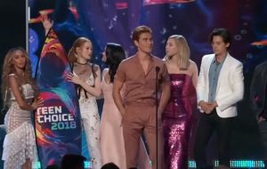 Riverdale, O Rei do Show e 5SOS lideram o Teen Choice Awards 2018!