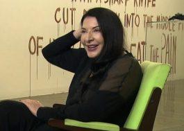 Marina Abramović foi atacada por outro artista na Itália!