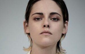 """Kristen Stewart não define sua sexualidade; """"ambiguidade é minha coisa favorita"""""""