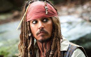 É oficial: Johnny Depp não estará mais na franquia de Piratas do Caribe!