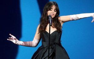 Camila Cabello manda avisar que voltará a gravar seu segundo álbum de estúdio