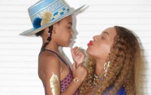 Tina Knowles, mãe da Beyoncé, disse que Blue Ivy já nasceu performática!