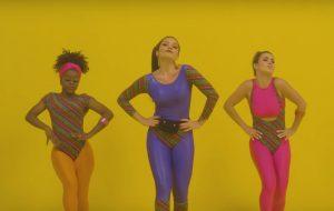 Vem aprender a coreografia oficial de De Levin, novo collab da Lary com a Valesca e a Aretuza!