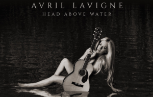 Avril Lavigne divulga capa e tracklist de seu novo álbum Head Above Water; vem ver!