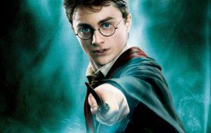 Alguns padres acham que a saga Harry Potter é responsável pelo aumento de exorcismos nos EUA