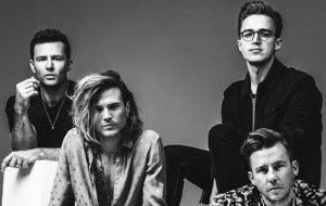 McFly voltará a escrever até o meio deste ano, afirma baixista