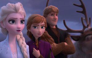 "Elsa e Anna estão longe de Arendelle no 1° trailer de ""Frozen 2""; vem ver!"