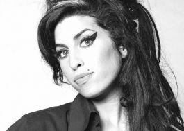 Cinebiografia de Amy Winehouse pode chegar daqui a dois anos, diz pai da cantora