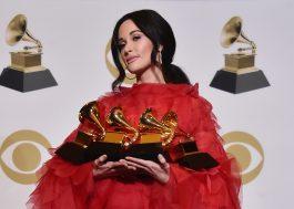 Após ter sido aclamada no Grammy, Kacey Musgraves apresentará categoria no Oscar