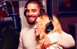 Madonna mostra foto com Maluma em estúdio e confirma parceria