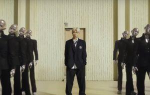 """RM reflete sobre a própria identidade no trailer de """"MAP OF THE SOUL: PERSONA"""", novo álbum do BTS"""