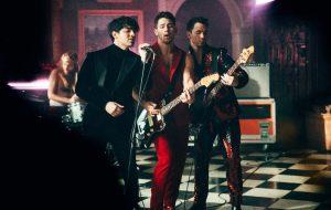 Nova música de Jonas Brothers é acusada de plágio pela banda Portugal. The Man