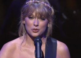 "Taylor Swift faz show intimista e canta hits como ""Love Story"" e ""Style"" no Time 100 Gala"