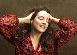 Ana Carolina anuncia lançamento de três novos EPs e turnê pelo Brasil!