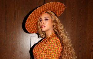 Beyoncé assina contrato de parceria criativa com Adidas