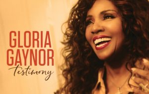 "Gloria Gaynor tá com novo single; vem ouvir ""Joy Comes In The Morning""!"