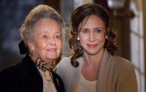 """Lorraine Warren, paranormal que inspirou """"Invocação do Mal"""", morre aos 92 anos"""