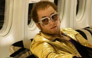 """Saiba tudo sobre Taron Egerton e por que Elton John o escolheu para """"Rocketman"""""""