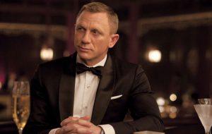 Novo filme de James Bond tem filmagens interrompidas após acidente de Daniel Craig
