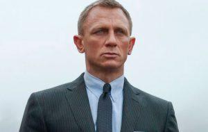 """Daniel Craig vai passar por cirurgia no tornozelo depois de acidente nas gravações de """"Bond 25"""""""