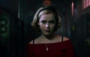 """Kiernan Shipka confirma início das filmagens da 3ª temporada de """"O Mundo Sombrio de Sabrina"""""""
